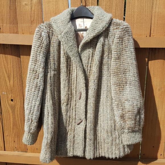 531d12715 Dubrowsky & Perlbinder Faux Fur Coat Vintage